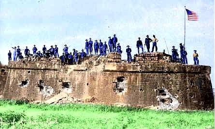 Nang makuha ng mga Amerikano ang Fort San Antonio Abad sa Ermita mula sa mga Espanyol matapos ang pekeng labanan sa Maynila, August 13, 1898.