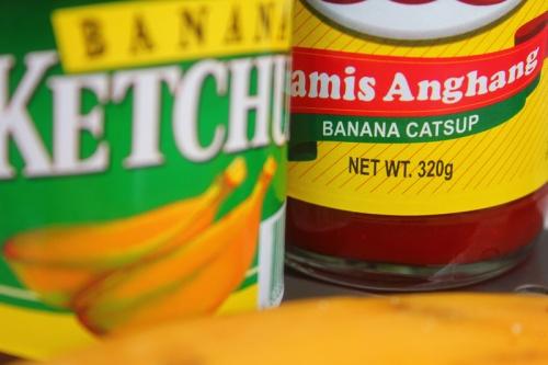 Banana ketchup.  Larawan mula sa thelongestwayhome.com