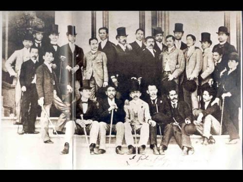 Grupo ng mga propagandista sa Espanya, hanapin niyo nga si Rizal at si del Pilar?