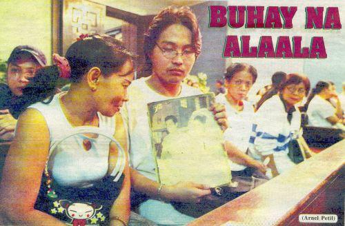 Nang maging frontpage ng Abante December 21, 2004 issue kasama ang muslim na fan ni FLJ na si Ma'am Rashila Alpha.  Kuha ni Arnel Petil.