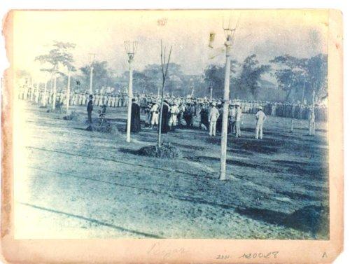 Ang buong larawan ng pagbaril kay Rizal sa Luneta de Bagumbayan (Ngayon ay Rizal Park) noong December 30, 1896.