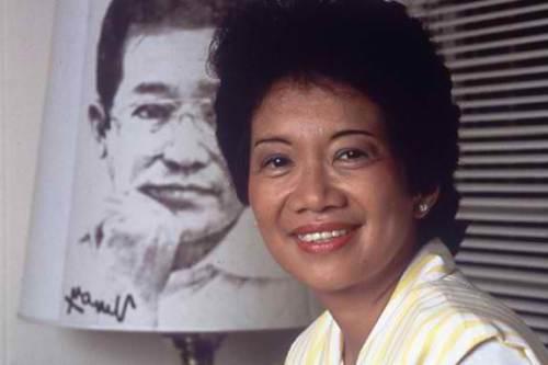 Si Cory ilang linggo matapos na maging pangulo ng Pilipinas, 1986