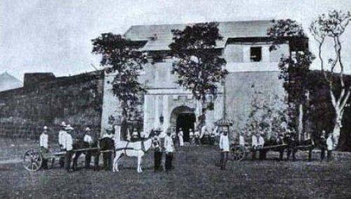 Fort San Felipe Neri sa Cavite, pinagganapan ng Motin de Cavite.  Mula kay Arnaldo Dumindin.