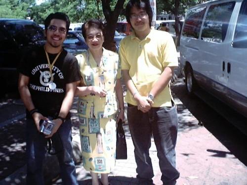 Ikalimang Pagkikita:  Sa Plaza Luisita Mall Parking Lot kasama si Mayo Baluyut, May 1, 2004.