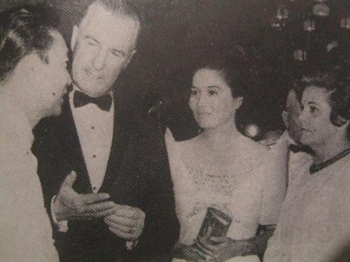 Pangulong Marcos ng Pilipinas at Pangalawang Pangulo Agnew ng Estados Unidos at ang kanilang mga kabiyak.