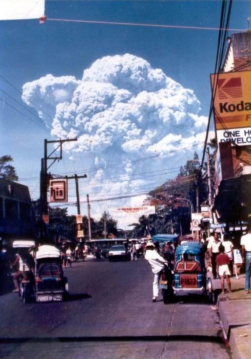 ISLAND STUDIO classic shot of Mt. Pinatubo's first major eruption as seen from F. Tañedo Street in Tarlac, Tarlac, 12 June 1991.