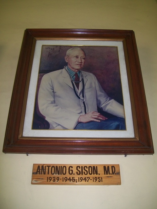 Dr. Antonio G. Sison.  Larawan kinunan ni Xiao Chua mula sa Philippine General Hospital.