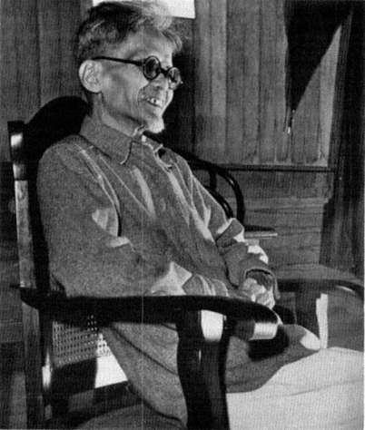 Ang nakatatandang kuya ni José Abad Santos, ang radikal na si Pedro Abad Santos.