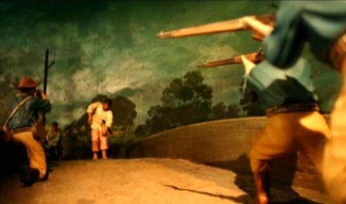 Unang putok ng Digmaang Pilipino Amerikano.  Mula sa Ayala Museum:  The Diorama Experience.