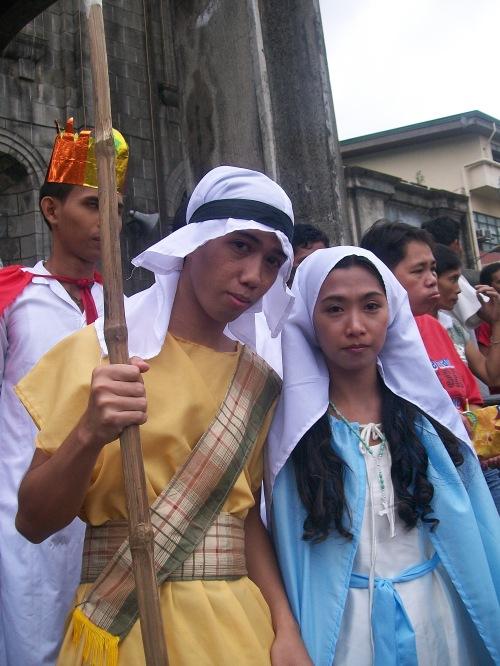 Panunuluyan ng mga Maralitang Tagalungsod, December 2011, Plaza Hernandez, Tondo Maynila.  Kuha ni Xiao Chua.