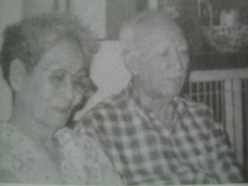 Mrs. Agerica at Dr. Antonio Gisbert.  Mula kay Jose Ma. Bonifacio M. Escoda.