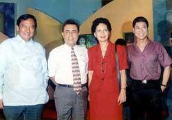 Heherson Alvarez, Manoling Morato, at si Henrietta Mendez matapos sabunin si Butch Francisco sa telebisyon.  Mula sa Philippine Star.