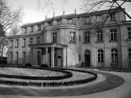 Ang pinagdausan ng Wannsee Conference sa labas ng Berlin.