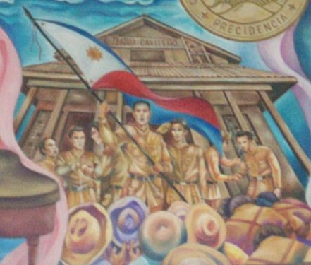 Ang unang pagwawagayway ng Watawat ng Pilipinas matapos ang Labanan sa Alapan, sa Teatro Caviteno.  Mula sa City Hall ng Cavite City.