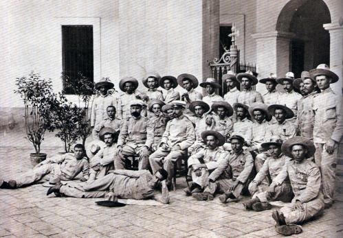 Ang mga huling sundalong Espanyol sa sumuko sa Pilipinas matapos ang isang taong Siege of Baler.  Itinuring na mga kaibigan ng mga Pilipino at iginalang ang kanilang katapangan.