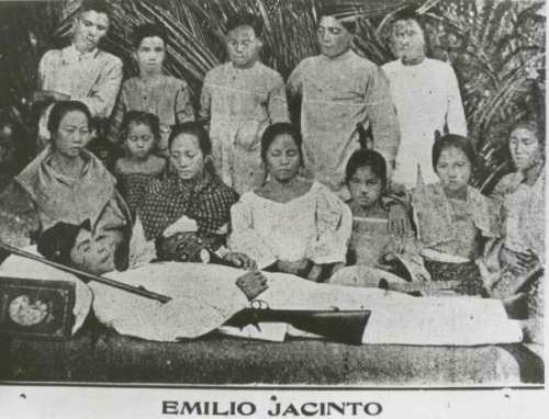 Ang tanging larawan ni Emilio Jacinto, patay na.