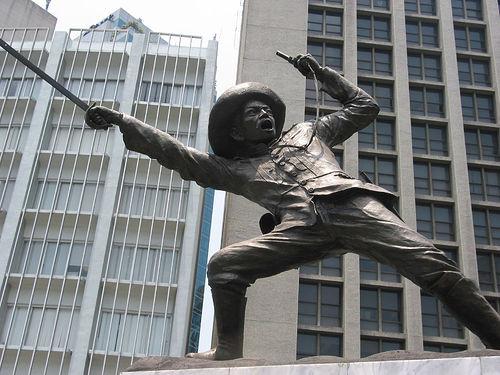 """Ang monumento ni Pio del Pilar, """"bayani"""" ng Makati."""