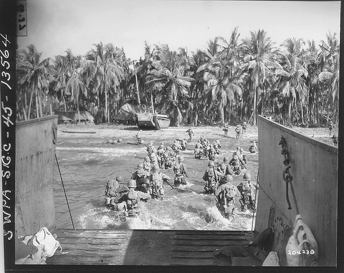 Cebu Landing ng mga Amerikano sa Talisay Beach, March 26, 1945