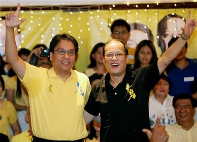 Si Mar at si Noynoy, 2010.