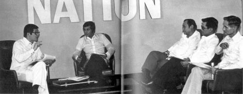 Ang Sri Lankan na si Ronnie Nathanielsz na binigyan ng Filipino citizenship ng Pangulong Marcos, ang siyang nanguna sa pagtatanong kay Ninoy Aquino sa loob ng Fort Bonifacio sa live show na Face The Nation.  Mula sa Ninoy and Cory Aquino Foundation.