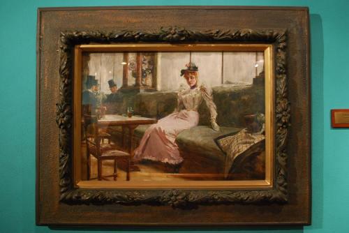 """Ang """"Parisian Life"""" ni Juan Luna.  Nasa Koleksyong GSIS sa Pambansang Tipunan ng Sining ng Pambansang Museo ng Pilipinas.  Kuha ni John Ray Ramos."""