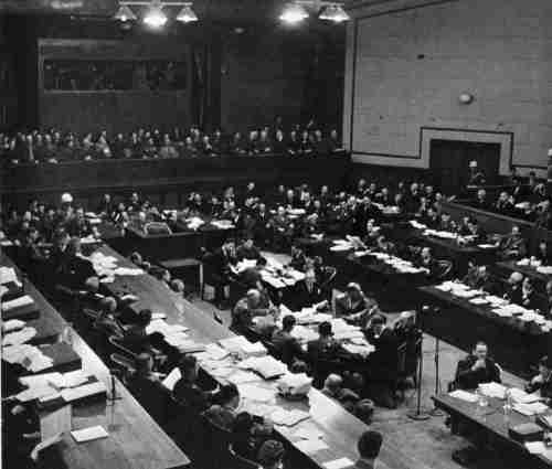 Ang Tokyo War Crimes Trial.