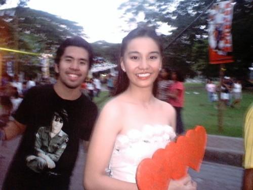 """Si Michelle Charlene Chua at si Mayo Baluyut, sa isang Flores de """"Mayo,"""" May 29, 2004."""