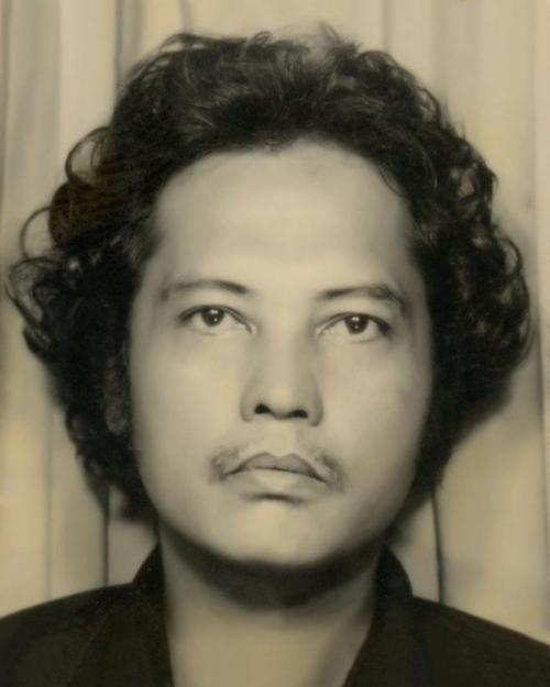 """Si A. Z. Jollico Cuadra (May 24, 1939-April 30, 2013), """"Enfant terrible of Philippine art noong Dekada 1960 at tinaguriang Byron ng Literaturang Pilipino.  Mula kay Josephine Manapsal ng Celyo Rizal, Inc."""
