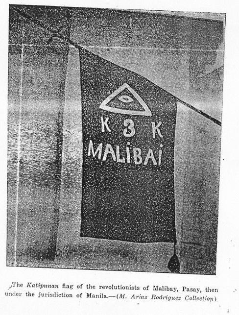 Ang bandila ng KKK sa Malibai, Pasay.  Mula kay Dr. Luis Camara Dery.