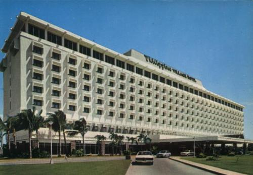 Philippine Village Hotel.  Mula sa fecgp.org.