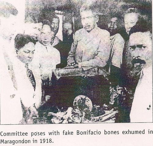 Pinaniniwalaan ni Dr. Ambeth Ocampo na fake ang mga butong natagpuan sapagkat ginamit ang mga ito sa pulitiko laban kay Aguinaldo nang tumakbo ito sa pagkapangulo noong 1935.  Matapos nito, nawalang-sukat ang mga buto.  Mula sa kanyang aklat na Bones of Contention:  The Bonifacio Lectures.