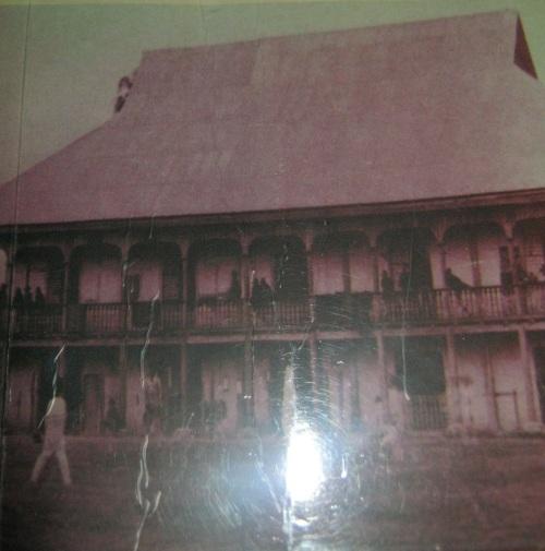 Ang Casa Gobierno de Tarlac, ang punong himpilan ni Heneral Emilio Aguinaldo kung saan niya inilabas ang proklamasyon ng June 30, 1899.