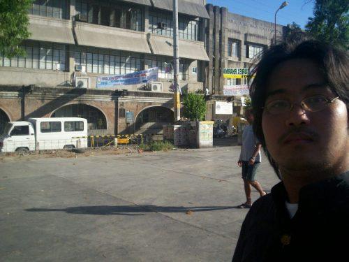 Ang kumbento ng Cabanatuan ngayon ay isang gusali ng Immaculate Conception College.  Kuha ni Xiao Chua.