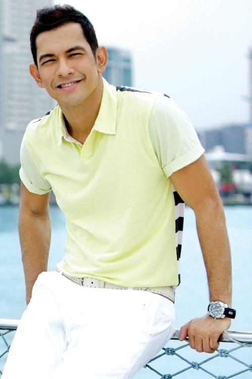 Gary Valenciano, haligi ng Musikang Pilipino.  Mula sa Universal Records.