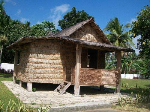 Ang replica ng kubo na sinilangan ni Apolinario Mabini sa Tanauan Batangas, July 23, 1863.  Kuha ni Xiao Chua.