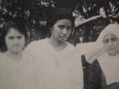 Si Remedios Trinidad noong kanyang kabataan.  Mula kay Carmen Pedrosa.