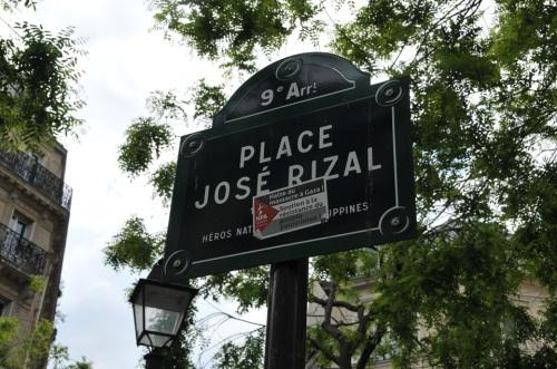 Ang marker para sa Plaza sa Paris na ipinangalan kay Jose Rizal.  Mula kay Sir Mark Roy Boado.