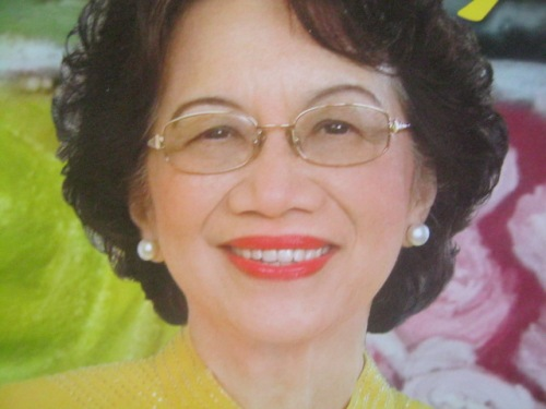Tita Cory Aquino.  Mula sa ABS-CBN Publishing, Inc.