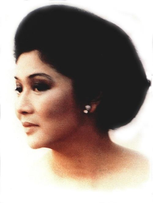 Si Evita Peron, Unang Ginang ng Pilipinas.