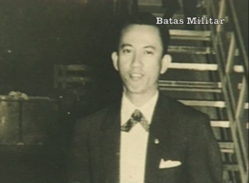 Primitivo Mijares.  Naging Pangulo ng Manila Press Club.  Mula sa Eugenia Apostol Foundation.